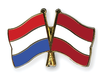 Crossed-Flag-Pins Netherlands-Austria