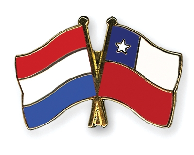 Crossed-Flag-Pins Netherlands-Chile