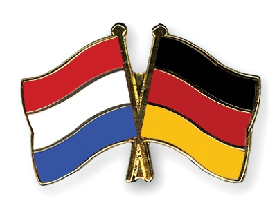 Crossed-Flag-Pins Netherlands-Germany