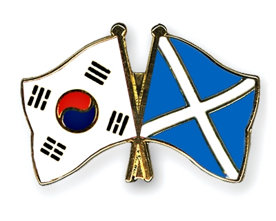 Crossed Flag Pins South-Korea-SCOTLAND FLAGs