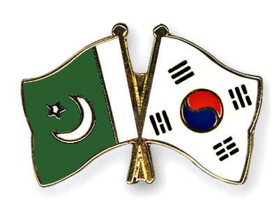 Crossed Flag Pins Pakistan-South-Korea