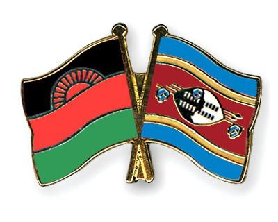Crossed Flag Pins Malawi-Swaziland