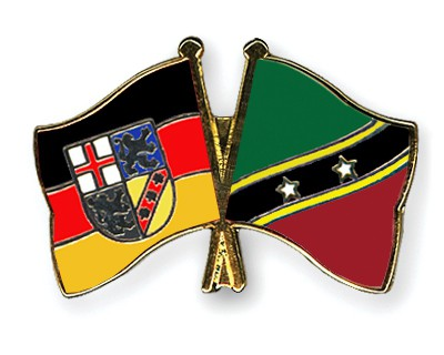 Crossed Flag Pins Saarland-Saint-Kitts-and-Nevis