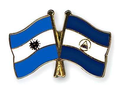 Crossed Flag Pins El-Salvador-Nicaragua