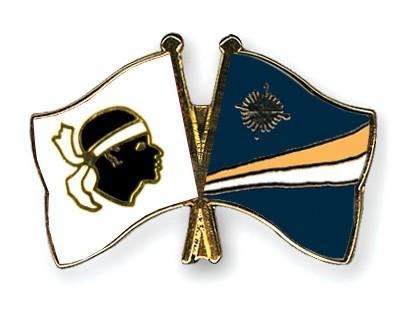 Crossed Flag Pins Corsica-Marshall-Islands