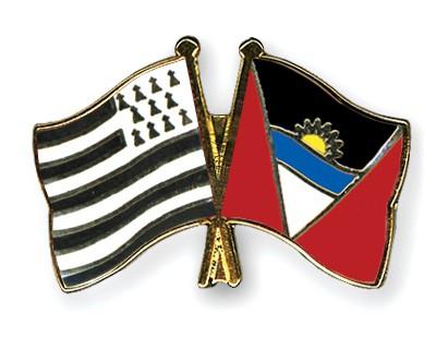 Crossed Flag Pins Britanny-Antigua-and-Barbuda