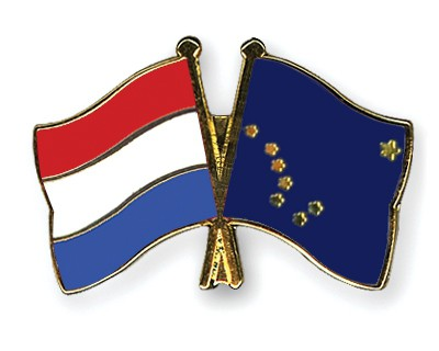 Crossed Flag Pins Netherlands-Alaska