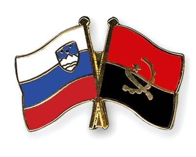 Crossed Flag Pins Slovenia-Angola