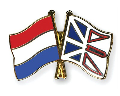 Crossed Flag Pins Netherlands-Newfoundland-and-Labrador