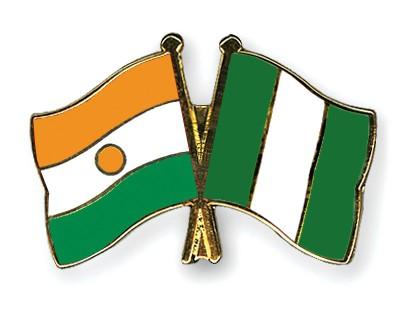Crossed Flag Pins Niger-Nigeria