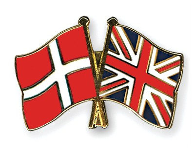 Crossed Flag Pins Denmark-Great Britain