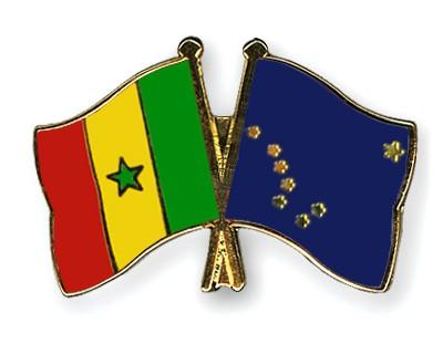 Crossed Flag Pins Senegal-Alaska