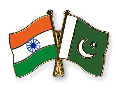 Crossed Flag Pins India-Pakistan