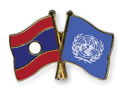 Crossed Flag Pins Laos-UNO