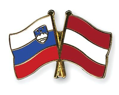 Crossed Flag Pins Slovenia-Austria