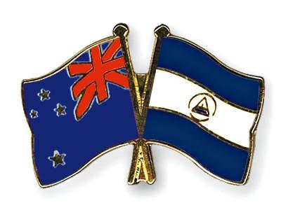 Crossed Flag Pins New-Zealand-Nicaragua