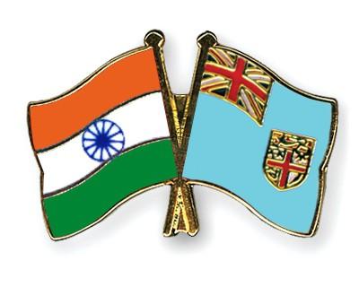 Crossed Flag Pins India-Fiji