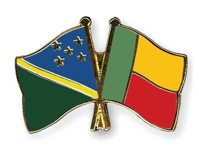 Crossed Flag Pins Solomon-Islands-Benin