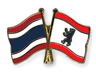 Crossed Flag Pins Thailand-Berlin
