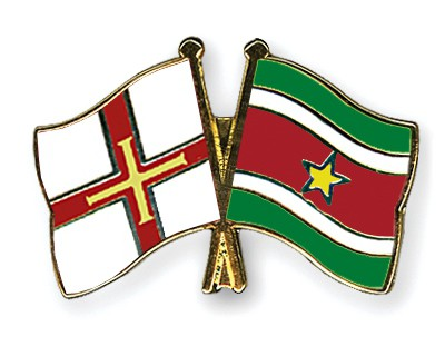 Crossed Flag Pins Guernsey-Suriname