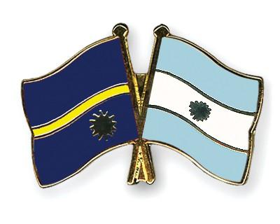 Crossed Flag Pins Nauru-Argentina