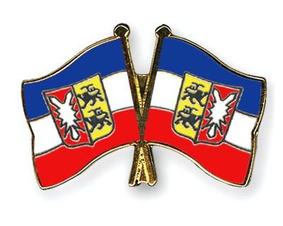 Crossed Flag Pins Schleswig-Holstein-Schleswig-Holstein