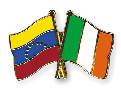 Crossed Flag Pins Venezuela-Ireland