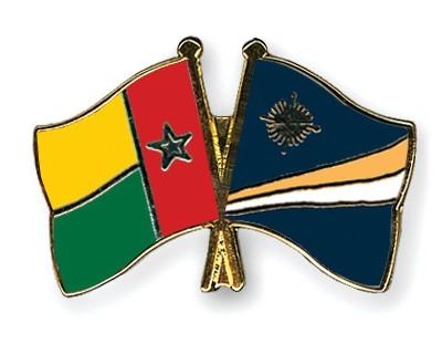 Crossed Flag Pins Guinea-Bissau-Marshall-Islands
