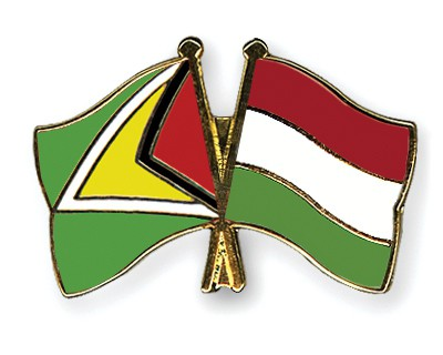 Crossed Flag Pins Guyana-Hungary