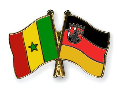 Crossed Flag Pins Senegal-Rhineland-Palatinate