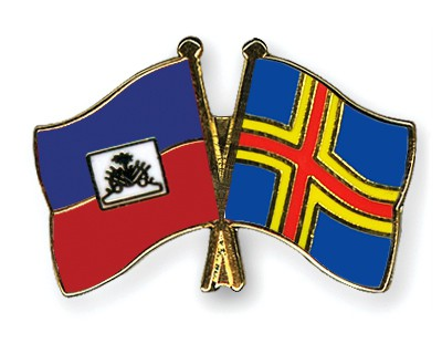 Crossed Flag Pins Haiti-Aland