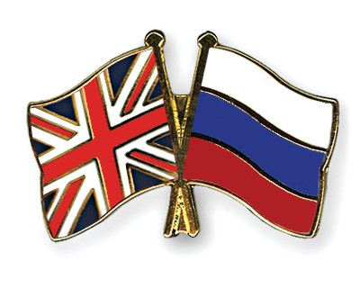 Crossed Flag Pins Great-Britain-Russia