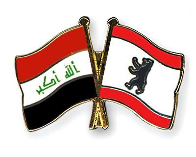 Crossed Flag Pins Iraq-Berlin