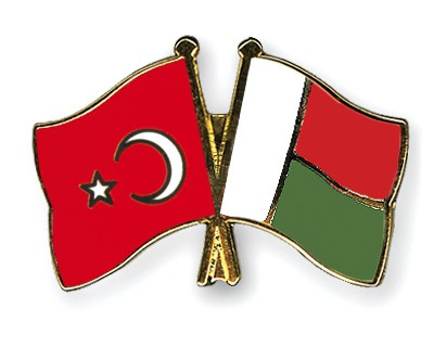 Crossed Flag Pins Turkey-Madagascar