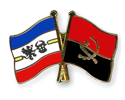 Crossed Flag Pins Mecklenburg-Western-Pomerania-Angola