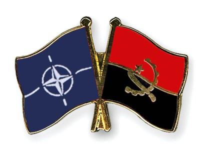 Crossed Flag Pins NATO-Angola