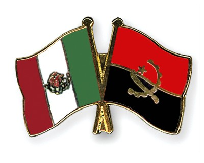 Crossed Flag Pins Mexico-Angola
