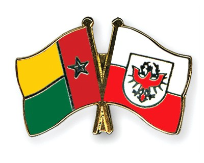Crossed Flag Pins Guinea-Bissau-Tyrol