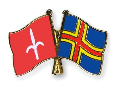 Crossed Flag Pins Trieste-Aland