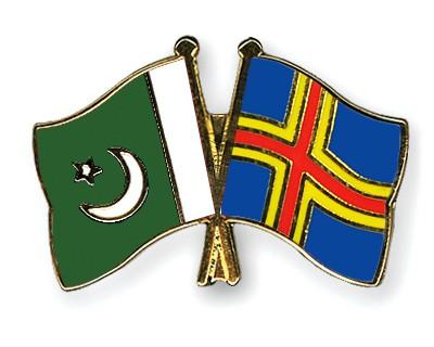 Crossed Flag Pins Pakistan-Aland
