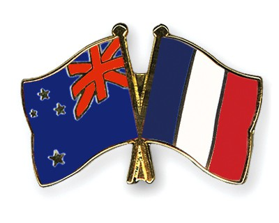 Crossed Flag Pins New-Zealand-France