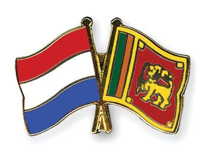 Crossed Flag Pins Netherlands-Sri-Lanka