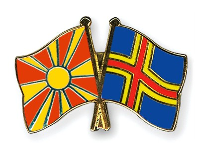Crossed Flag Pins Macedonia-Aland