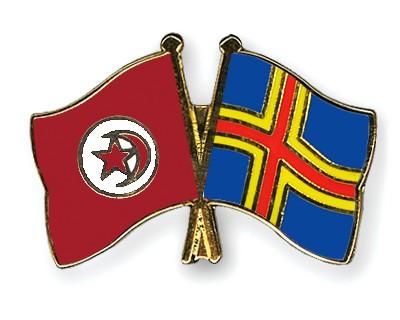 Crossed Flag Pins Tunisia-Aland