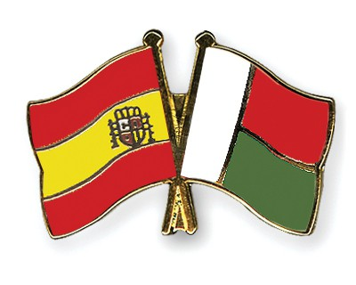 Crossed Flag Pins Spain-Madagascar