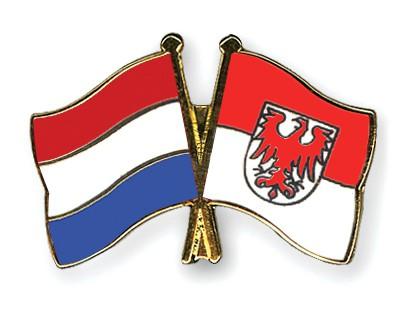 Crossed Flag Pins Netherlands-Brandenburg