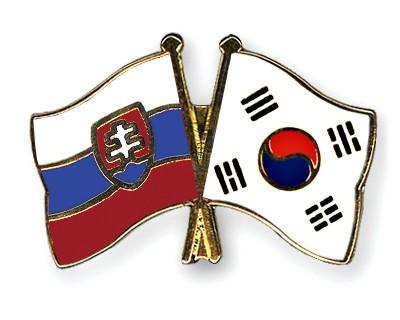 Crossed Flag Pins Slovakia-South-Korea