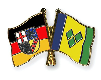Crossed Flag Pins Saarland-Saint-Vincent-and-the-Grenadines