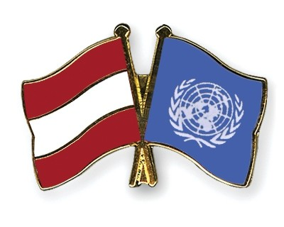 Special Offer Crossed Flag Pins Austria-UNO