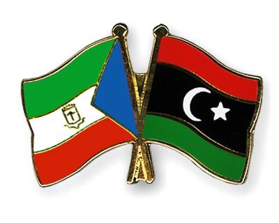Crossed Flag Pins Equatorial-Guinea-Libya